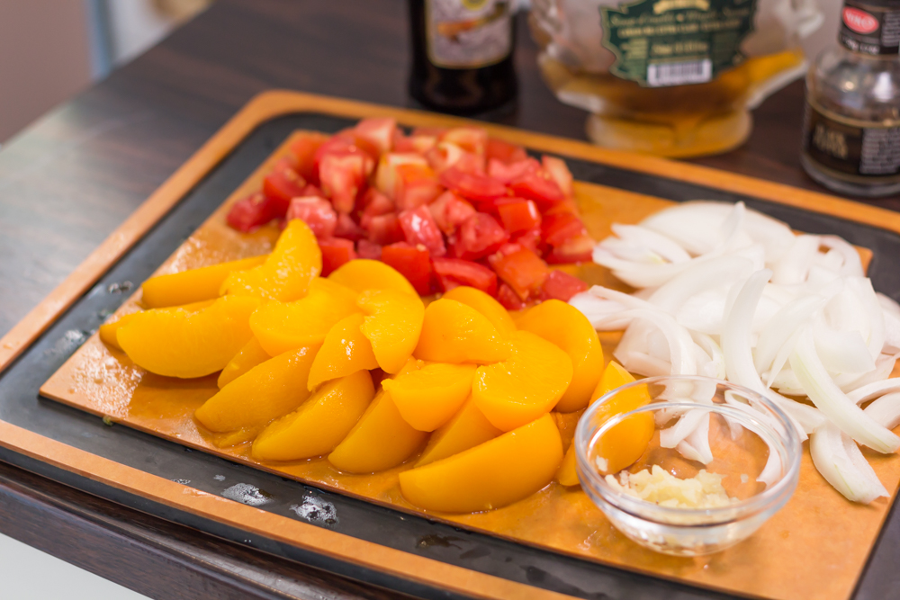 151001 - Balsamic Chicken with Peaches - 002