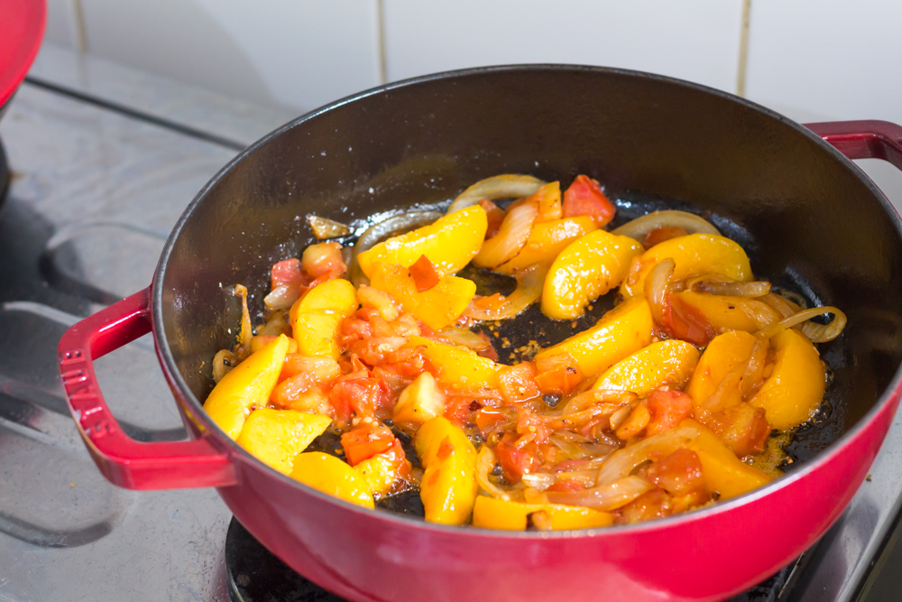 151001 - Balsamic Chicken with Peaches - 007